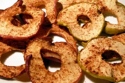 Baked apple & cinnamon slices