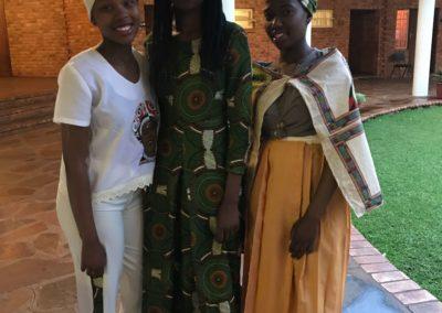 SINDISWA GOGE - African Fashion